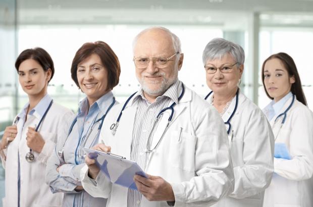 """PSL proponuje zwiększenie liczby geriatrów w swoim """"Pakcie dla zdrowia"""""""