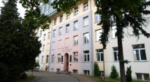 Szpital Bonifratrów w Łodzi otworzył trzy nowe poradnie. Wszystkie z myślą o seniorach