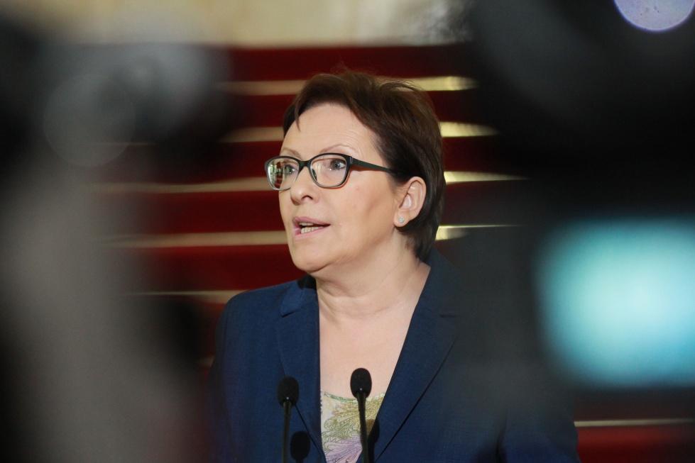 Co, komu i ile. Premier Kopacz wyborczo podsumowała politykę senioralną rządu