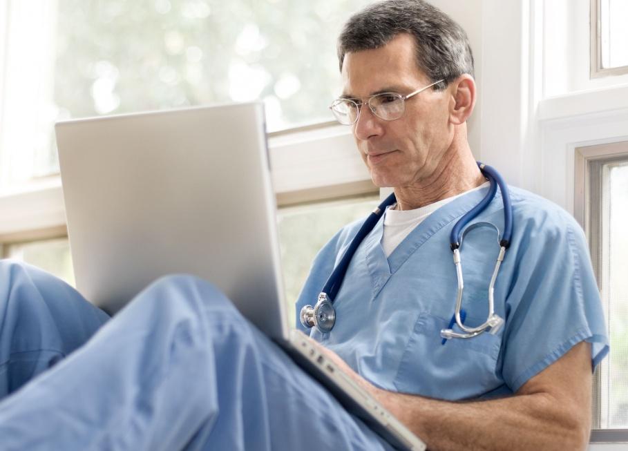 Telekonsultacje geriatryczne już działają, ale z problemami