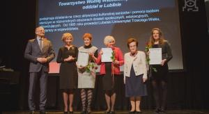 """Lublin: wręczono certyfikaty """"Miejsce Przyjazne Seniorom"""""""