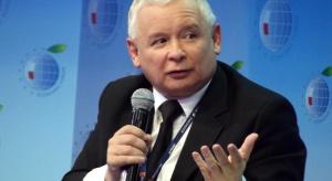 Emeryci pokażą na wystawie 35 portretów… Jarosława Kaczyńskiego