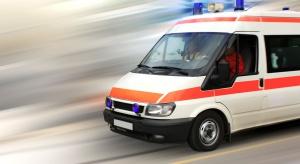 Lekarze: przepisy o transporcie sanitarnym zagrażają zdrowiu i życiu pacjentów