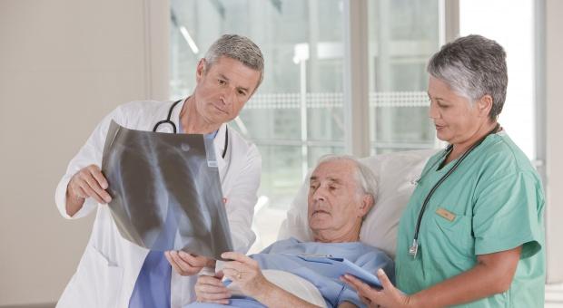 Opieka koordynowana: niezwykle groźne skutki fragmentacji w komunikacji