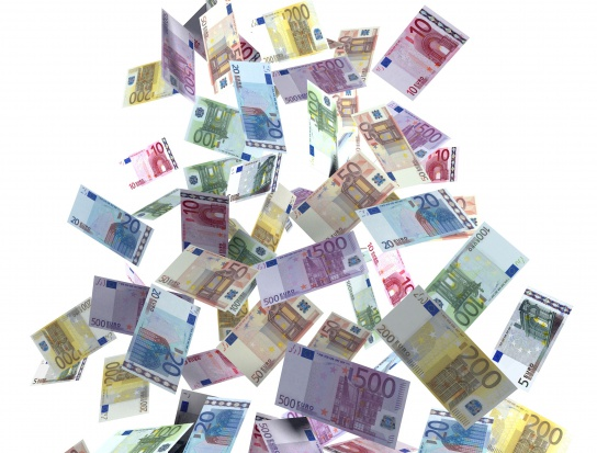 Emerytka podarła prawie milion euro. Nie chciała, by trafił do spadkobierców?