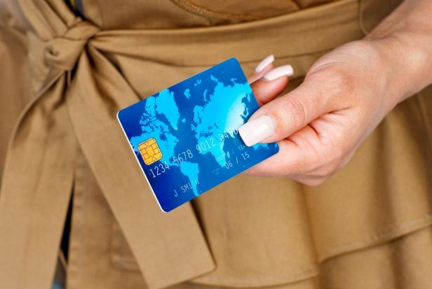 Szwecja: elektroniczny pieniądz nie zawsze jest na rękę starszym ludziom