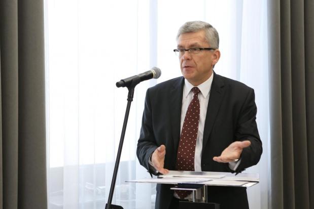 Karczewski: TK blokowałby zmiany PiS dot. wieku emerytalnego