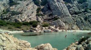 Włochy: Szczęśliwa Wioska dla seniorów na Sardynii