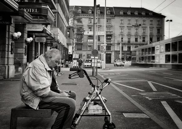 Miasto przyjazne seniorom - co należy zrobić?