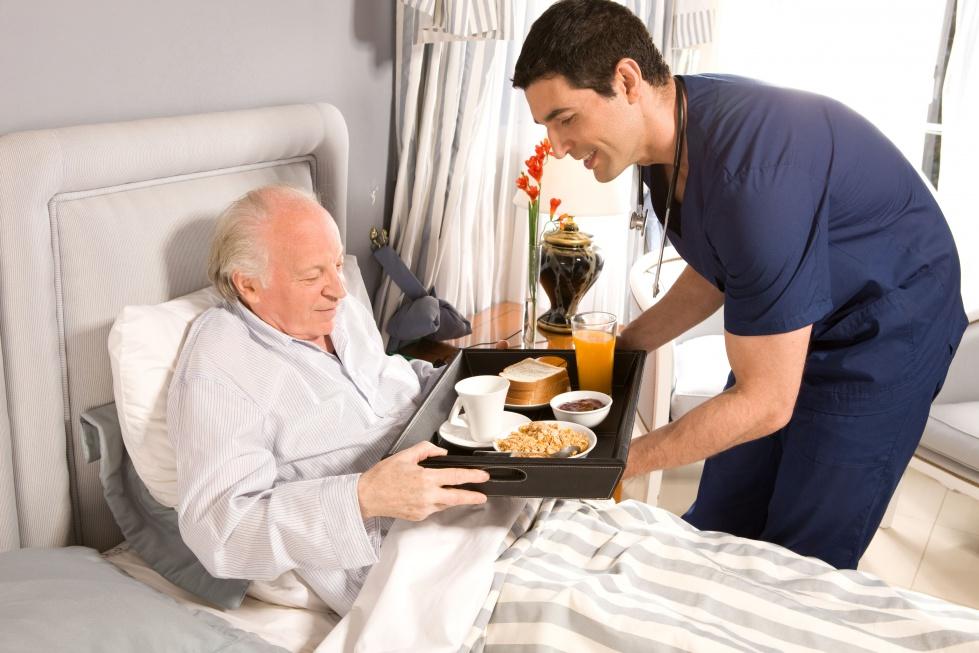 """Firma z branży """"hokejowej"""" wchodzi na rynek opieki nad seniorami"""