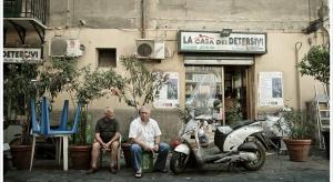 """Włochy: coraz więcej seniorów i młodych """"na garnuszku mamy"""""""