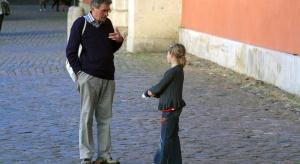 Szybko rośnie liczba ojców w starszym wieku