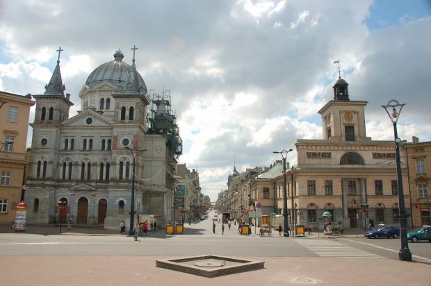 Łódź: miasto wydało pierwszy informator dla seniorów