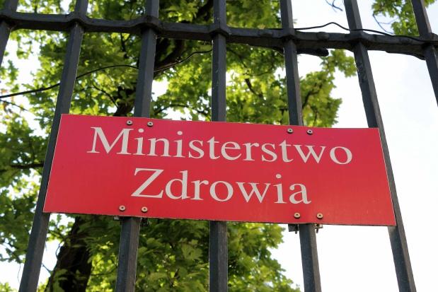 Ministerstwo Zdrowia o nowych limitach na pieluchomajtki
