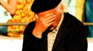 Niedobory witaminy D związane z ryzykiem przewlekłych bólów głowy
