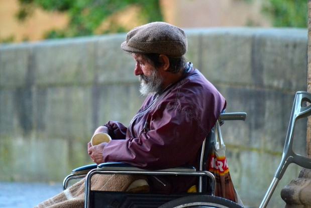 Powstaną schroniska dla bezdomnych z usługami opiekuńczymi?