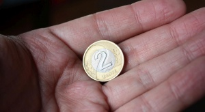 Pomoc społeczna: zasiłki dla osób starszych w trudnej sytuacji finansowej