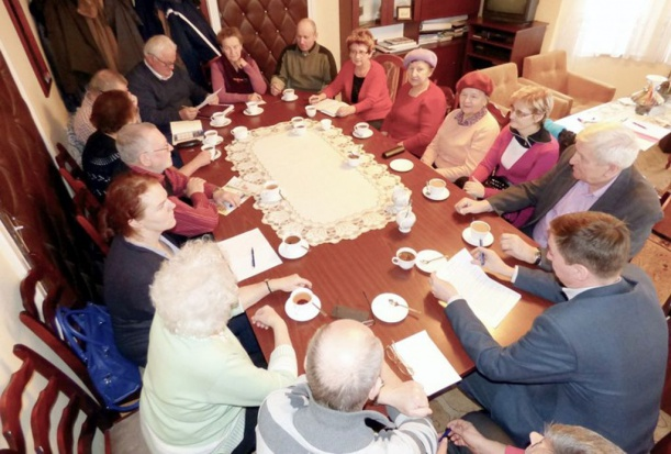 W Sandomierzu czekają na kandydatów do rady seniorów