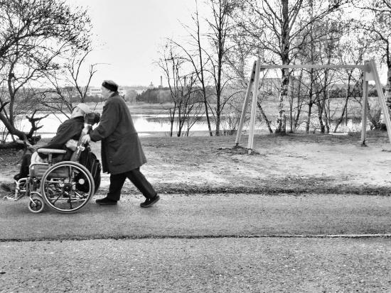 Renta chorobowa nie należy się za rodzaj schorzenia, ale za niezdolność do pracy