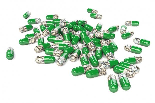 Resort zdrowia już wie, o ile mniej seniorzy wydadzą na leki