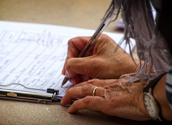 SLD rusza ze zbiórką podpisów. Cel: cofnięcie obniżki emerytur i rent w wyniku ustawy dezubekizacyjnej