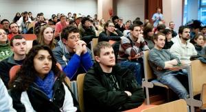 Białystok: za pieniądze z UE studenci nauczą się zespołowej opieki nad seniorem