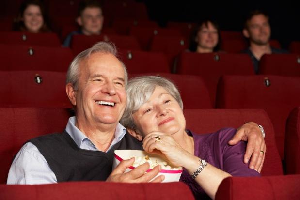 Aplikacja dla niedowidzących i osób 60+ która ma zastąpić kinowe zestawy słuchawkowe