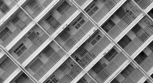Rynek mieszkaniowy: karty będą rozdawać seniorzy?