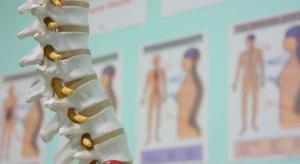 Opolska uczelnia sprawdzi skuteczność drgających pierścieni w chorobach kręgosłupa