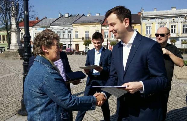 """""""Emerytura bez podatku"""" zgłoszona jako projekt obywatelski"""