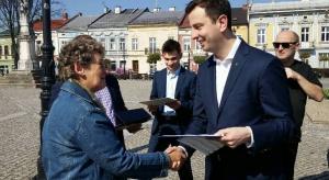 Kosiniak-Kamysz: wzywam do debaty; proponujemy emerytury bez podatków