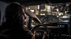 Włochy: kilkadziesiąt tysięcy 90-latków prowadzi samochód
