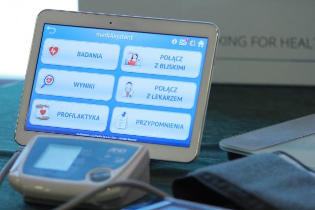 Kraków: seniorzy w roli testerów, sprawdzali sprzęt do telemonitoringu