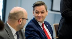 Biedroń: emerytura minimalna w wys. 1600 zł dla mieszkających w Polsce co najmniej 40 lat