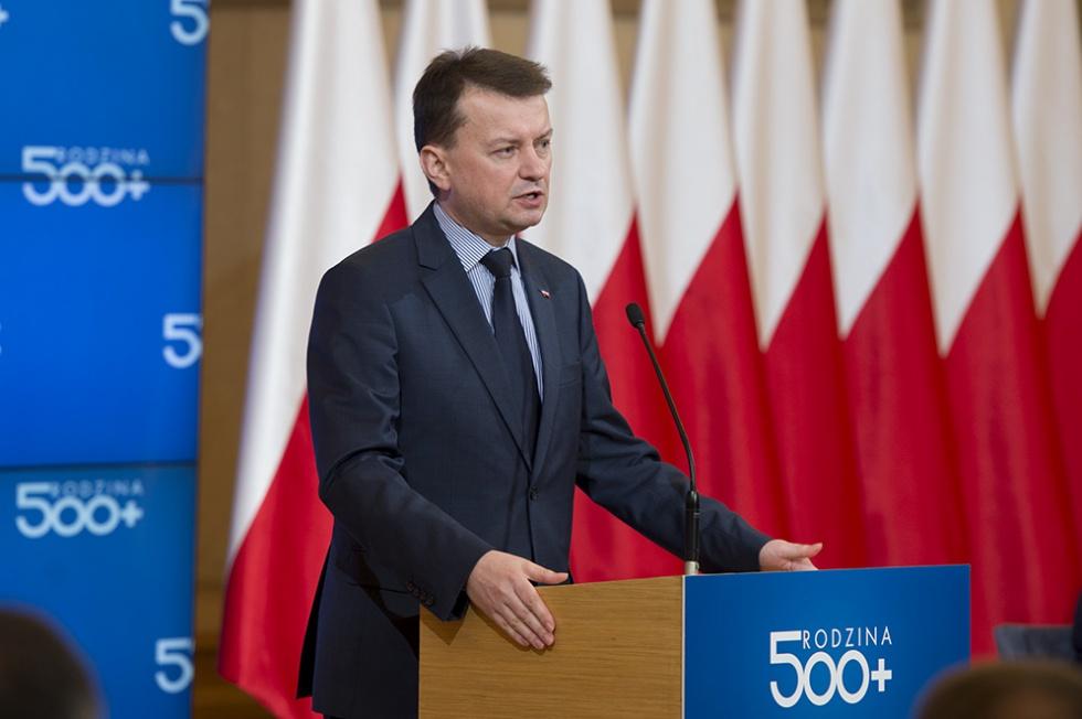 Minister Błaszczak dementuje: nie będzie żadnych zmian w emeryturach służb