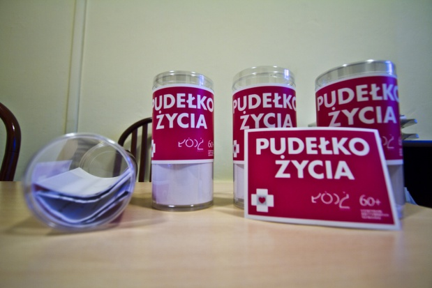 Białystok: seniorzy dostaną pudełko, które może uratować życie