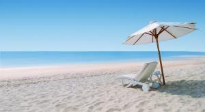 Egzotyczne wakacje: eksperci radzą, co zrobić, by nie ryzykować zdrowiem
