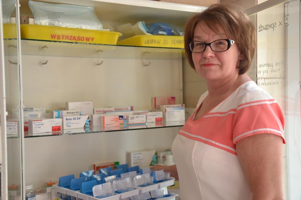 Rybka: wiele pielęgniarek tylko dorabia w opiece długoterminowej