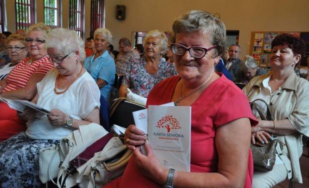 Śląskie: kolejne miasto wprowadziło kartę seniora