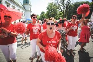 8 tysięcy osób z 70 miejscowości. Parada Seniorów na zdjęciach