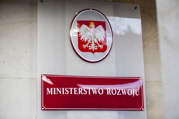 Ministerstwo Rozwoju uruchamia pilotażowe konkursy na obligacje społeczne