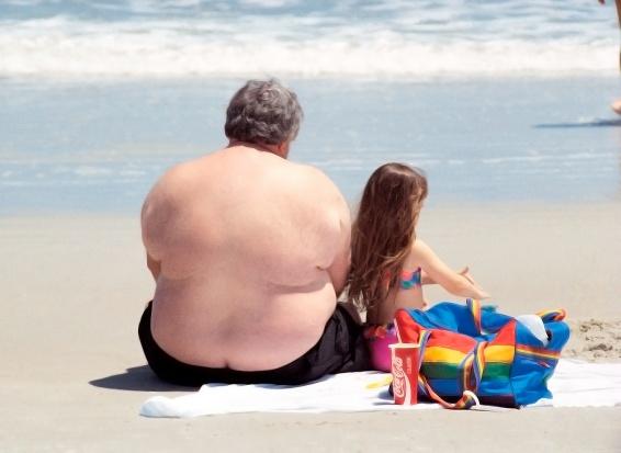 """Naukowy twierdzą, że otyłością można się """"zarazić"""""""