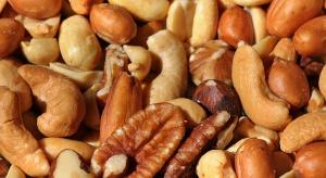 Orzechy coraz częściej zalecane są przez dietetyków i... onkologów