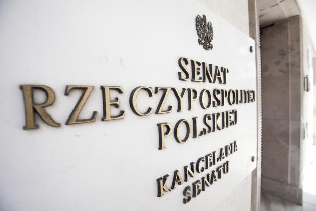 """Senat: spór między PiS i PO ws. ustawy """"dezubekizacyjnej"""""""