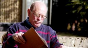 Zaskakujące dane: najmniej czytają ludzie w wieku 50-70 lat