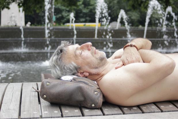 Naukowcy: zbyt długi sen jest groźny dla zdrowia
