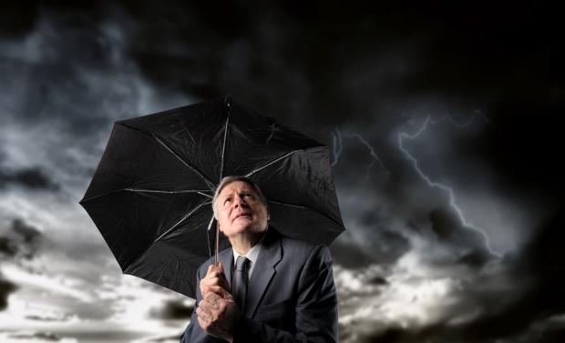 Przewlekły ból nasila się w deszczowych miesiącach