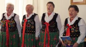 Świętokrzyskie: marszałek wesprze zespoły ludowe i wprowadzi kartę seniora