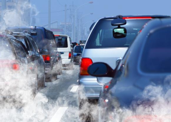 Udary mózgu i zawały: smog jest groźniejszy, niż sądzimy