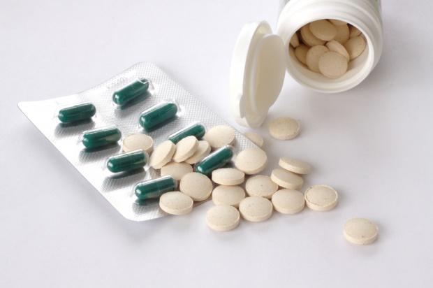 """Statyny obniżające cholesterol: """"skończmy z mitami o ich szkodliwości"""""""